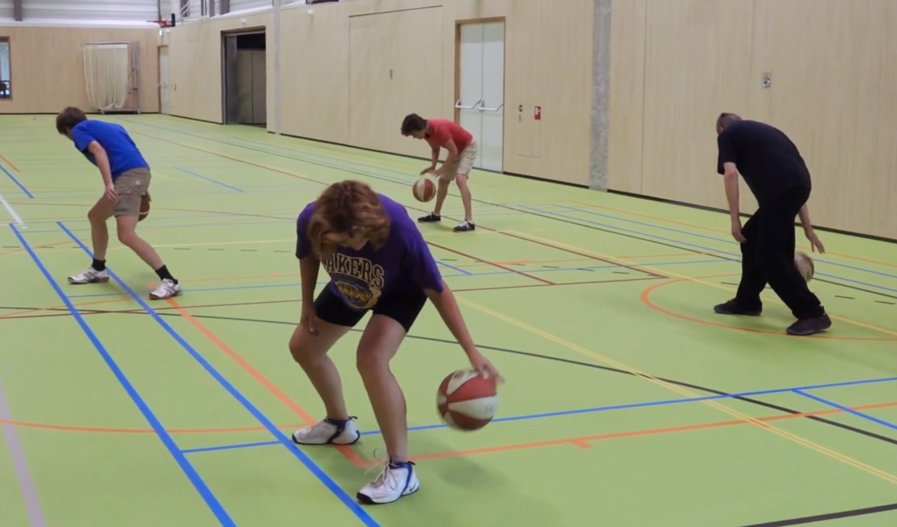 joy-m walking basketbal malden